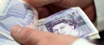 Przyszli brytyjscy emeryci wypłacili miliardy funtów. Skorzystali z nowych przepisów